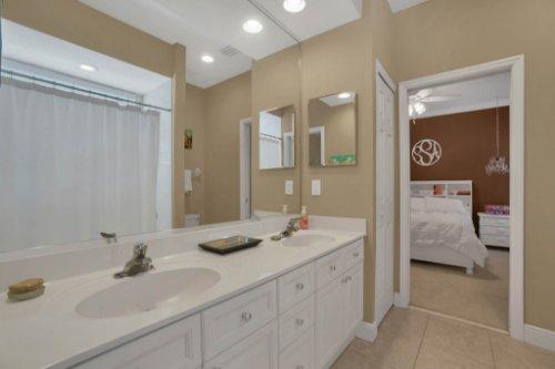 3267-Regal-Crest-Dr--Longwood--FL-32779----34---Bathroom.jpg
