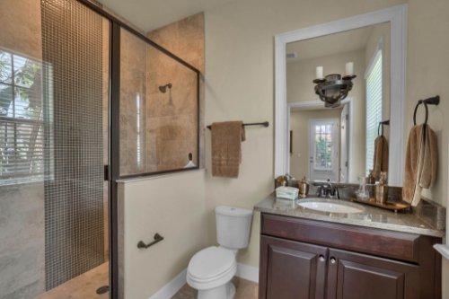 1325-Lobelia-Dr--Lake-Mary--FL-32746----21---Bathroom.jpg