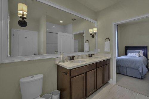 1325-Lobelia-Dr--Lake-Mary--FL-32746----23---Bathroom.jpg