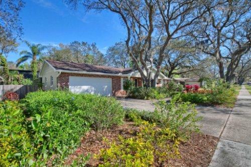 7101-Tallowtree-Ln--Orlando--FL-32835----02---Front.jpg