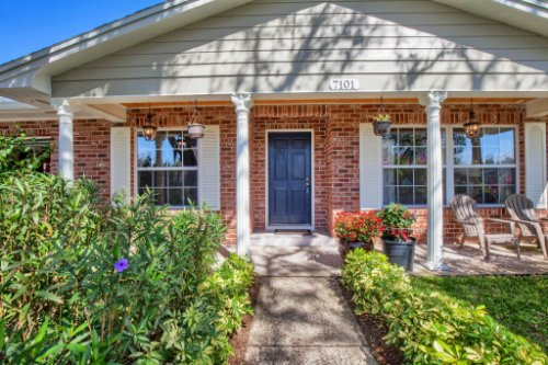 7101-Tallowtree-Ln--Orlando--FL-32835----04---Front.jpg