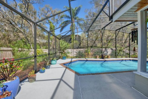 7101-Tallowtree-Ln--Orlando--FL-32835----06---Pool.jpg