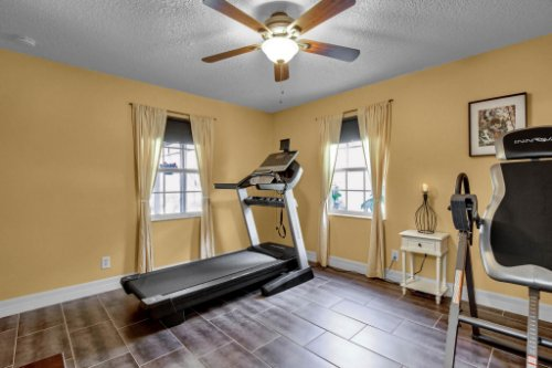 7101-Tallowtree-Ln--Orlando--FL-32835----27---Bedroom.jpg