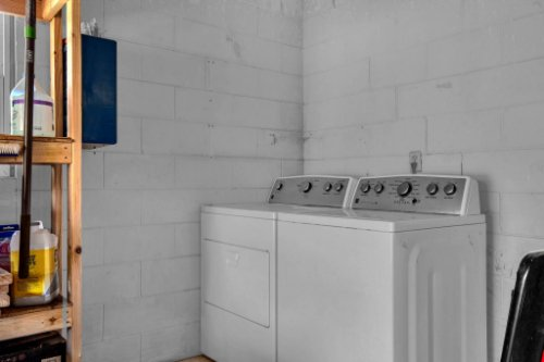 7101-Tallowtree-Ln--Orlando--FL-32835----30---Laundry.jpg