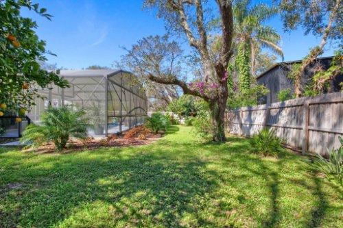 7101-Tallowtree-Ln--Orlando--FL-32835----35---Backyard.jpg