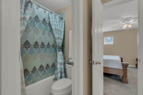 622-Torgiano-Dr--Ocoee--FL-34761----27---Bathroom.jpg