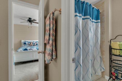 622-Torgiano-Dr--Ocoee--FL-34761----30---Bathroom.jpg