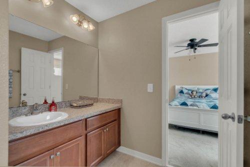 622-Torgiano-Dr--Ocoee--FL-34761----31---Bathroom.jpg