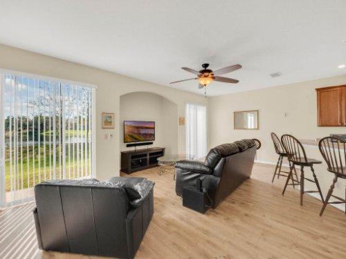 1721-Pine-Oak-Trail--Sanford--FL-32773----08---Family-Room.jpg