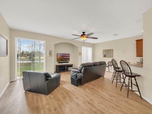 1721-Pine-Oak-Trail--Sanford--FL-32773----09---Family-Room.jpg