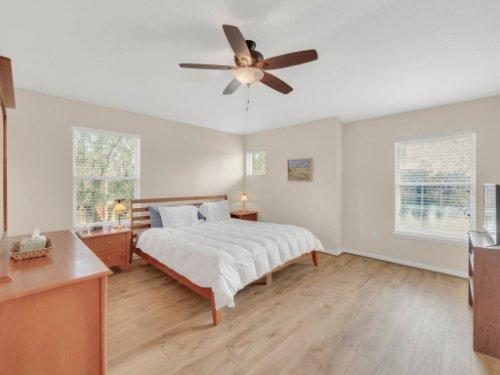 1721-Pine-Oak-Trail--Sanford--FL-32773----14---Master-Bedroom.jpg