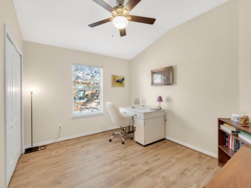 1721-Pine-Oak-Trail--Sanford--FL-32773----21---Bedroom.jpg