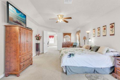 2719-Amanda-Kay-Way--Kissimmee--FL-34744----26---Master-Bedroom.jpg