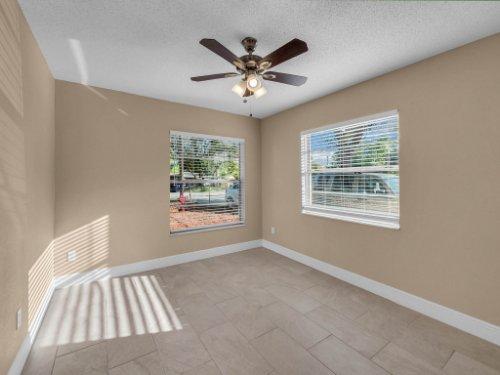 2000-Geigel-Ave--Orlando--FL-32806----14.jpg