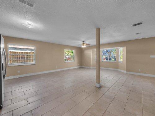 2000-Geigel-Ave--Orlando--FL-32806----20.jpg