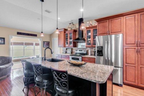 2251-Jessica-Ln--Kissimmee--FL-34744----09---Kitchen.jpg