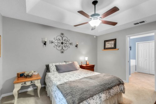 2251-Jessica-Ln--Kissimmee--FL-34744----17---Master-Bedroom.jpg