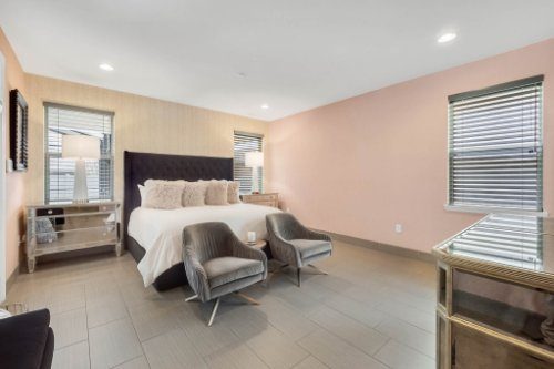 8725-Iron-Mountain-Trail--Windermere--FL-34786----24---Master-Bedroom.jpg