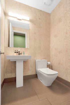 8725-Iron-Mountain-Trail--Windermere--FL-34786----34---Bathroom.jpg