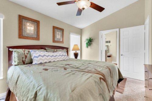 15935-Heron-Hill-St--Clermont--FL-34714----21---Master-Bedroom.jpg