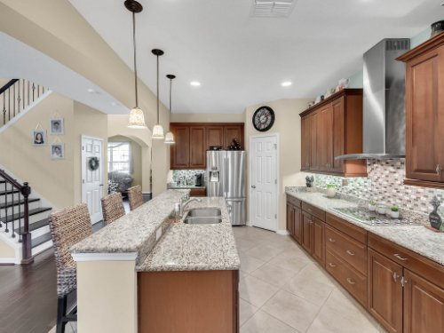15128-Serenade-Dr--Winter-Garden--FL-34787----17---Kitchen.jpg
