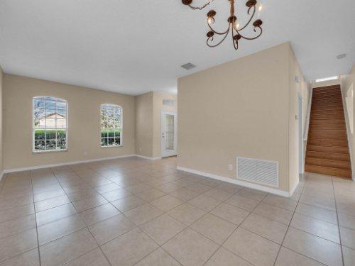 14748-Stonebriar-Way--Orlando--FL-32826----15.jpg