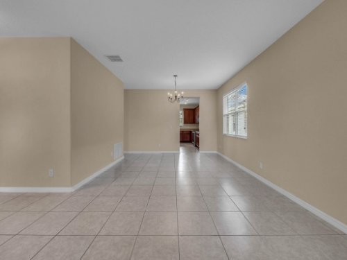 14748-Stonebriar-Way--Orlando--FL-32826----17.jpg