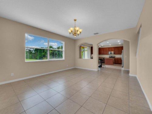 14748-Stonebriar-Way--Orlando--FL-32826----20.jpg