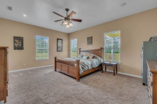 19309-Lake-Pickett-Rd--Orlando--FL-32820----18---Master-Bedroom.jpg