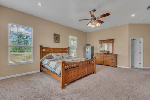 19309-Lake-Pickett-Rd--Orlando--FL-32820----19---Master-Bedroom.jpg