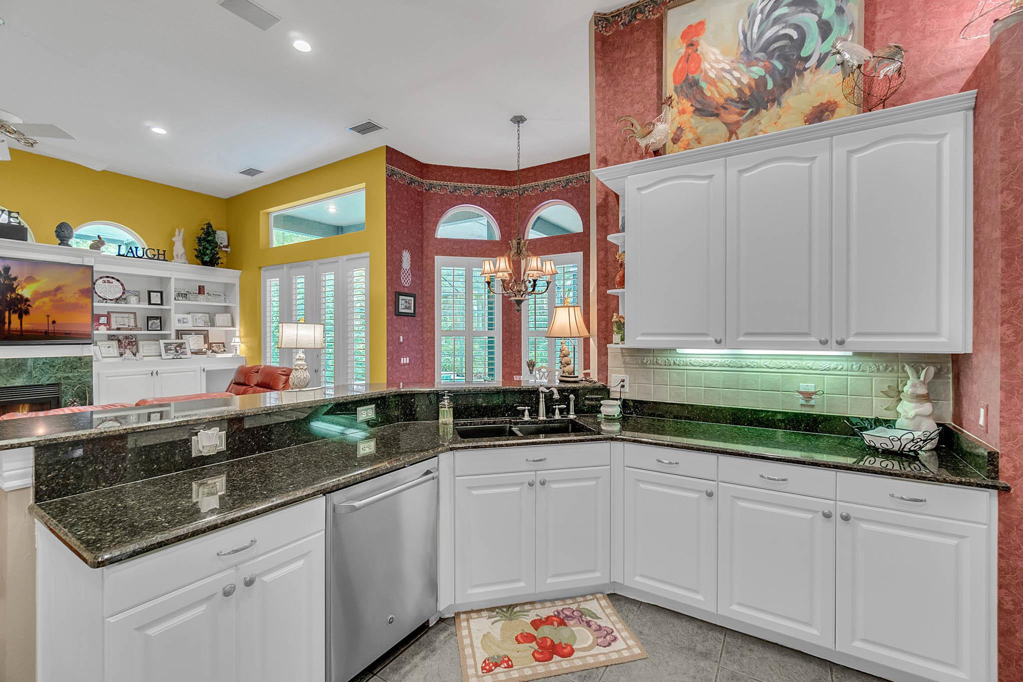 429-Fawn-Hill-Pl--Sanford--FL-32771----19---Kitchen.jpg