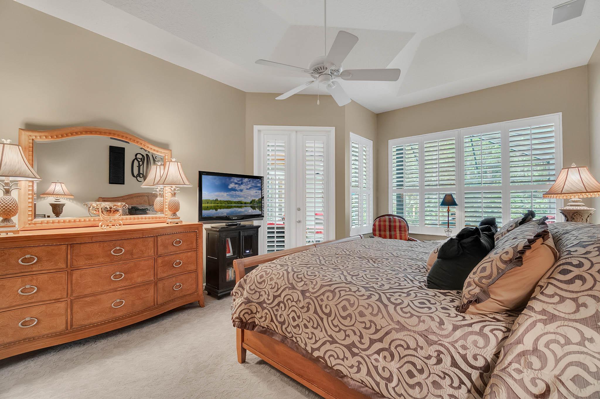 429-Fawn-Hill-Pl--Sanford--FL-32771----28---Master-Bedroom.jpg