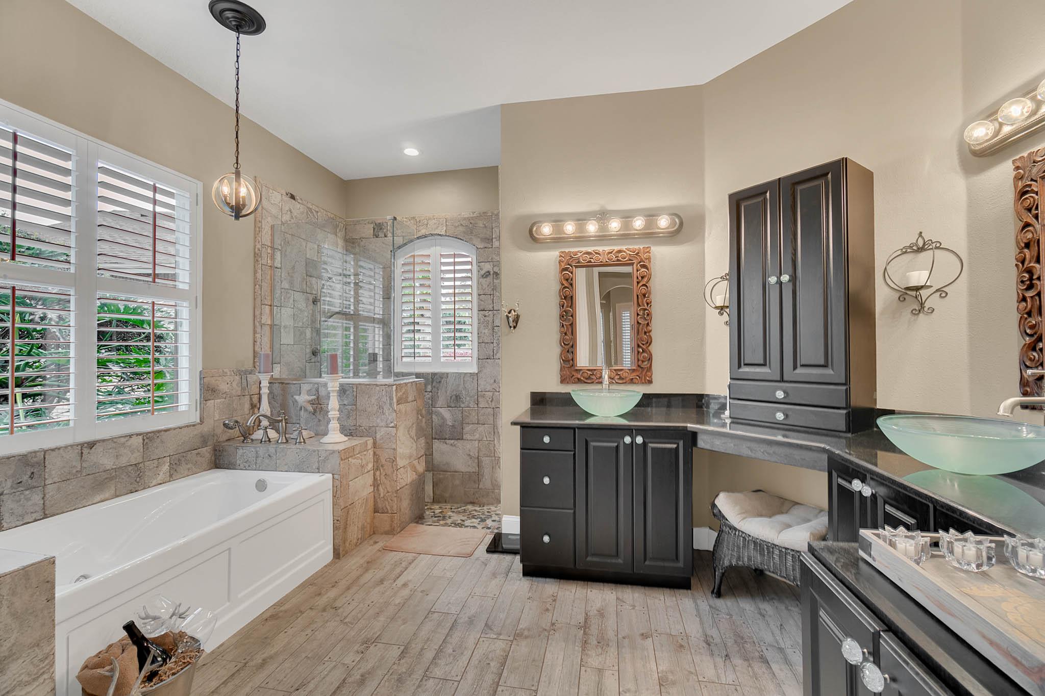429-Fawn-Hill-Pl--Sanford--FL-32771----29---Master-Bathroom.jpg