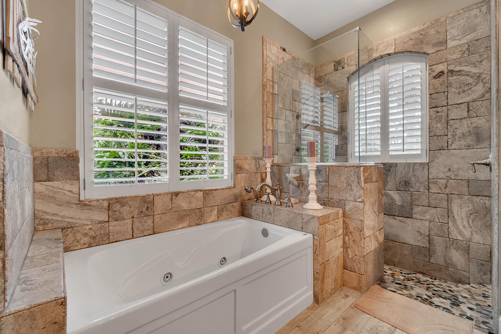 429-Fawn-Hill-Pl--Sanford--FL-32771----30---Master-Bathroom.jpg