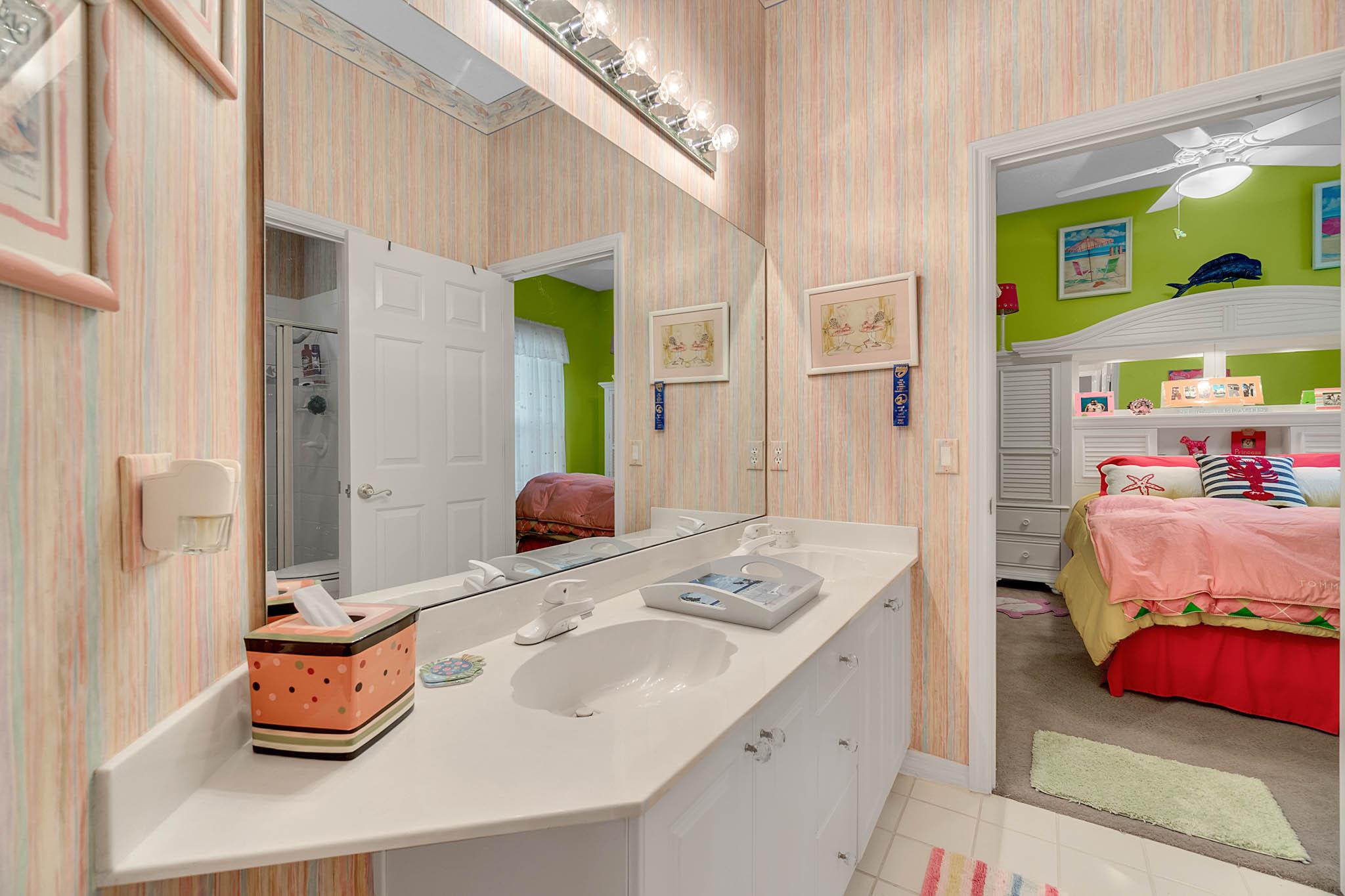 429-Fawn-Hill-Pl--Sanford--FL-32771----34---Bathroom.jpg