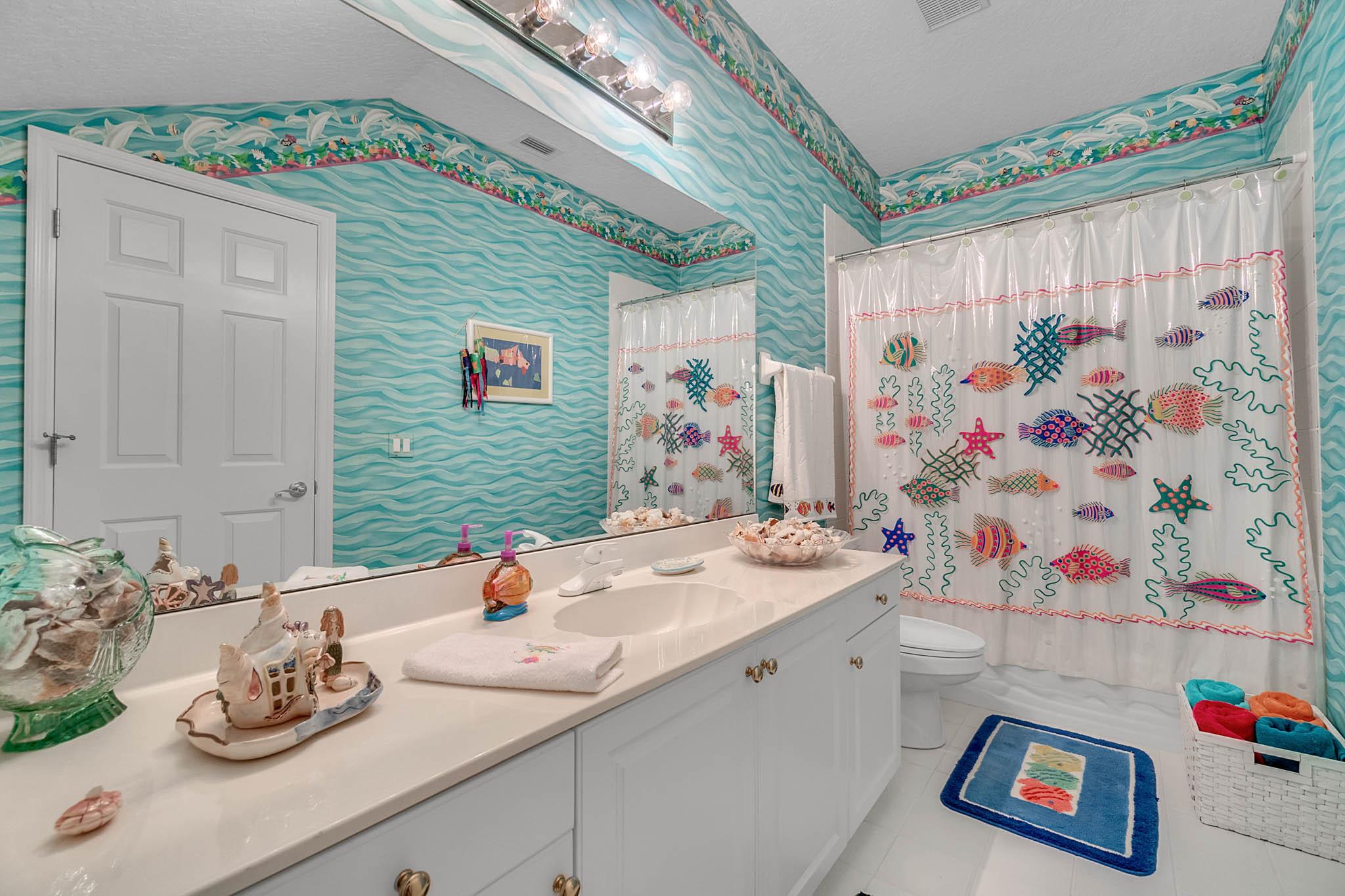 429-Fawn-Hill-Pl--Sanford--FL-32771----40---Bathroom.jpg
