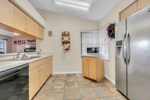 751-Brantly-Rd--Osteen--FL-32764----11---Kitchen.jpg