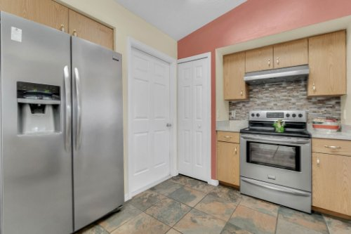 751-Brantly-Rd--Osteen--FL-32764----12---Kitchen.jpg