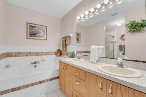 751-Brantly-Rd--Osteen--FL-32764----16---Master-Bathroom.jpg