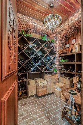 2000-N-Lake-Eloise-Dr--Winter-Haven--FL-33884----22---Wine-Cellar.jpg