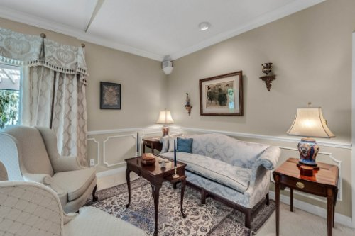 2000-N-Lake-Eloise-Dr--Winter-Haven--FL-33884----28---Master-Bedroom.jpg