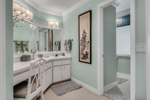 2000-N-Lake-Eloise-Dr--Winter-Haven--FL-33884----34---Bathroom.jpg