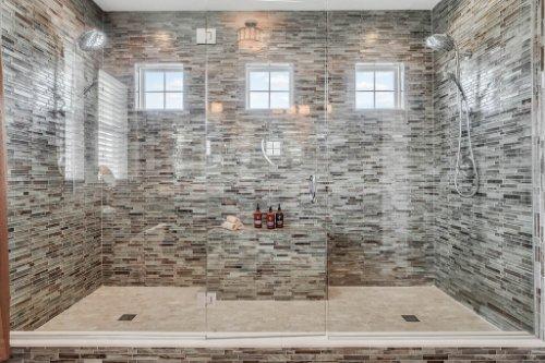16002-Johns-Lake-Overlook-Dr--Winter-Garden--FL-34787----30---Master-Bathroom.jpg