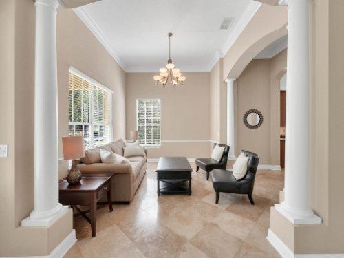 11325-N-Camden-Commons-Dr--Windermere--FL-34786----07---Living.jpg