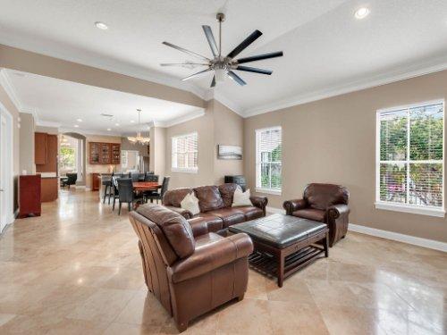 11325-N-Camden-Commons-Dr--Windermere--FL-34786----19---Family-Room.jpg