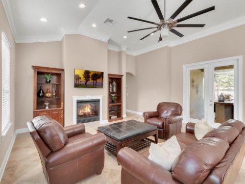 11325-N-Camden-Commons-Dr--Windermere--FL-34786----21---Family-Room.jpg