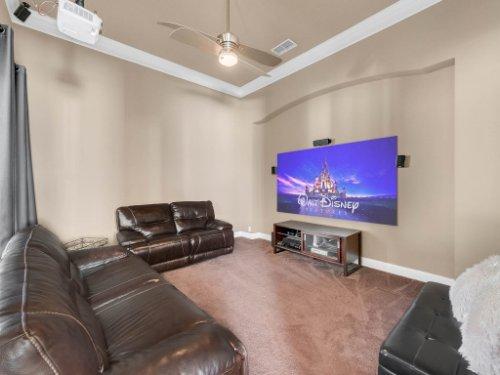 11325-N-Camden-Commons-Dr--Windermere--FL-34786----23---Screening-Room.jpg