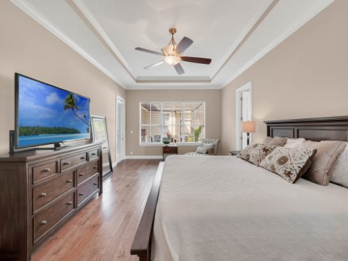 11325-N-Camden-Commons-Dr--Windermere--FL-34786----27---Master-Bedroom.jpg