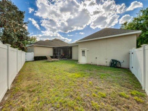 11325-N-Camden-Commons-Dr--Windermere--FL-34786----42---Backyard.jpg