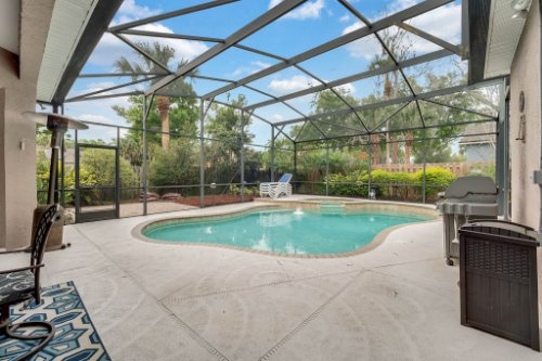 1077-Winding-Waters-Cir--Winter-Springs--FL-32708---06---Pool---Patio.jpg